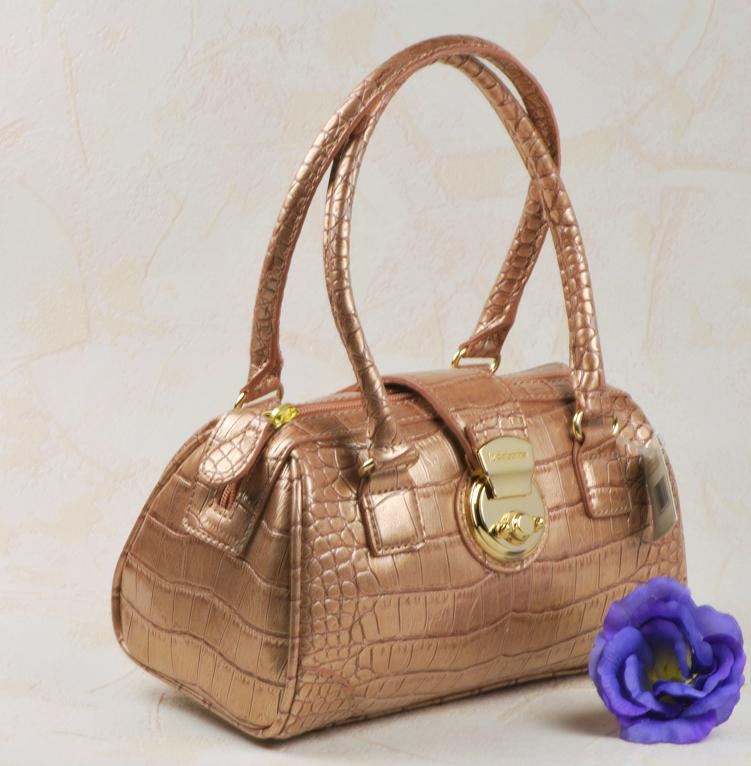 Liz Claiborne Pearlized Croc Handbag Liz Metallic Croc